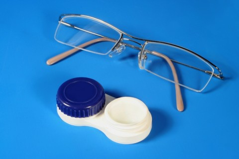Corrective Eye Wears The Choice between Glasses and Contact Lenses